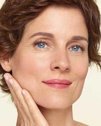 Менопауза та втрата колагену: чому моя шкіра втрачає пружність?