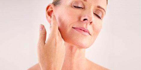 Менопауза: чому в 50 років моя шкіра сухіша, ніж у 30?
