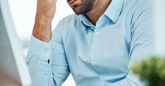 Чи існує зв'язок між стресом та випадінням волосся?