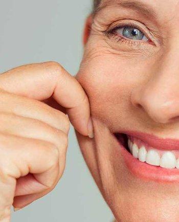 Свербіж та сухість шкіри: які зміни відбуваються зі шкірою під час менопаузи?