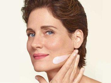 Менопауза: як зволожити шкіру після 50 років?